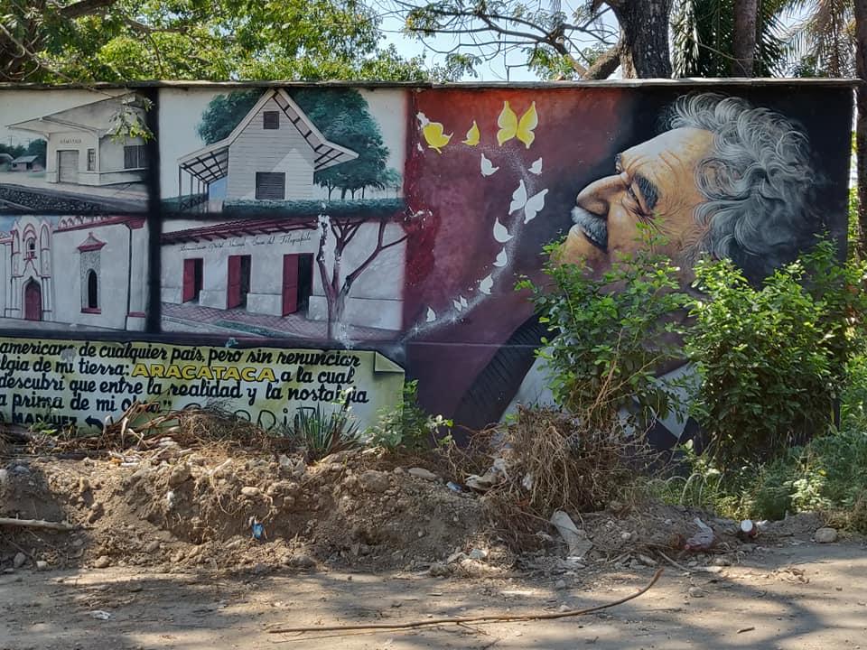 Murales dedicato a Gabriel Garcia Marquez ad Aracataca in Colombia
