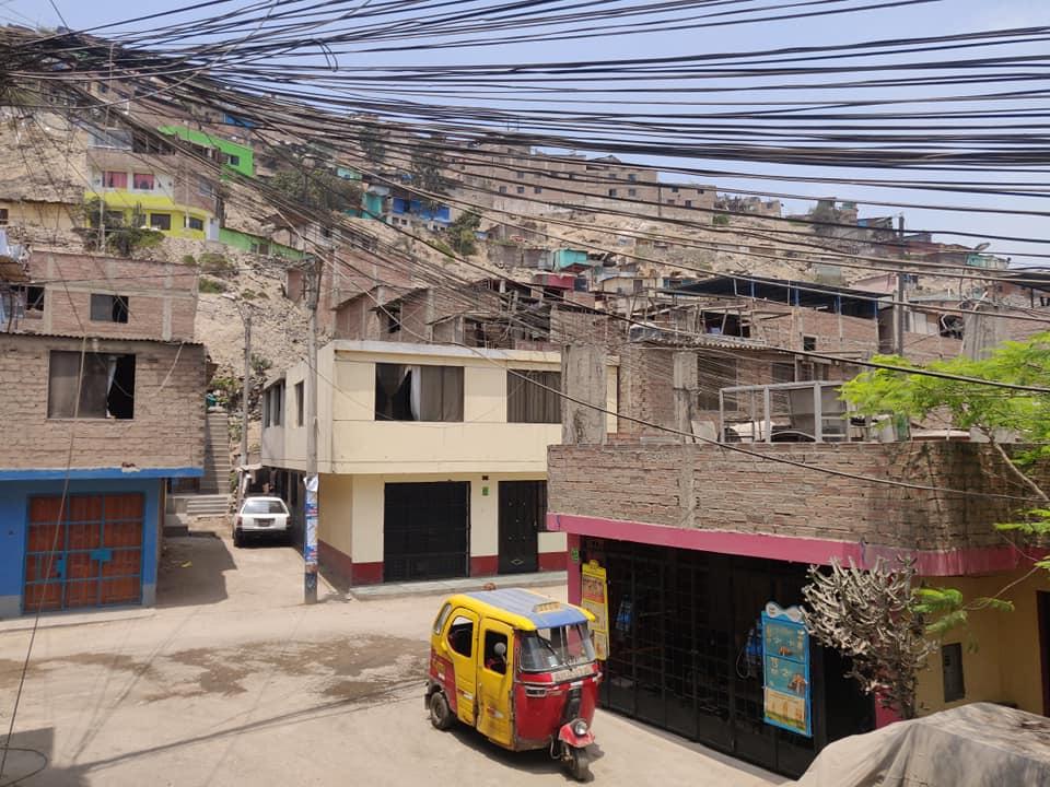 Villa Maria del Triunfo, quartiere povero a sud di Lima