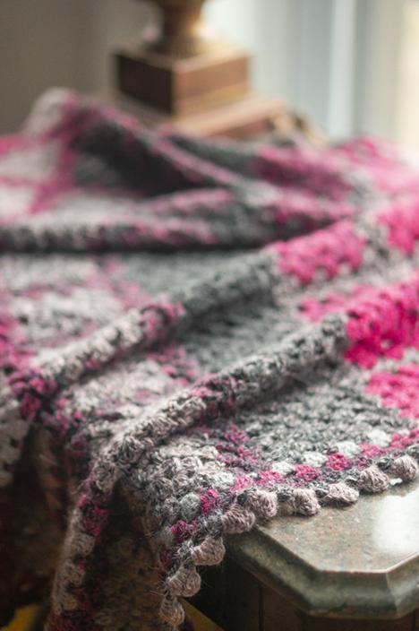 hikooconcentric-crochet-grannysquare