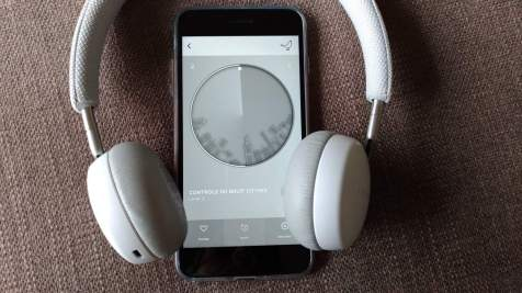 Libratone_QADAPT-on-ear_08