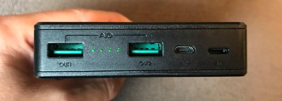 Aukey_batterie_ports