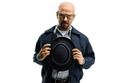 check-out-this-1-6th-scale-breaking-bad-heisenberg-from-threezero-2