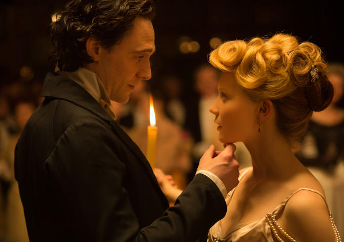 "En palabras del propio Hiddlestone: ""It's a gothic romance. It's about love and death, sex and violence""."