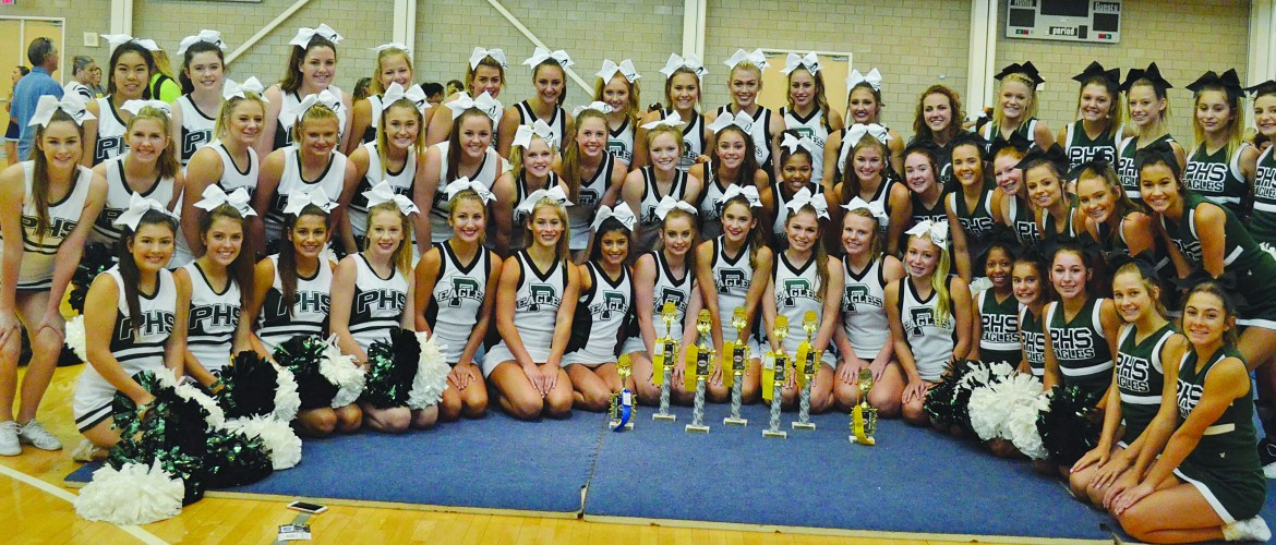 Cheerleaders Earn Top Spots at UCA Camp