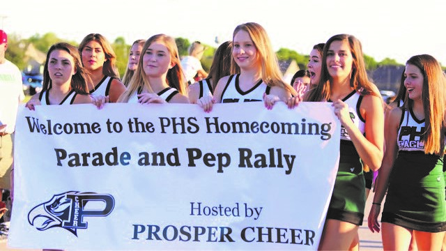 Large Numbers Turn Out for Homecoming Parade