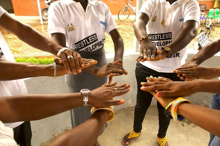 Ebola volunteers practiced 'no-touch' behaviour change training