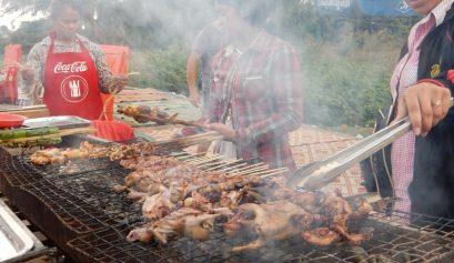 Kikkers op de BBQ in Cambodja