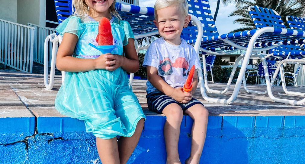 Homemade Popsicles to keep cool in the summertime.