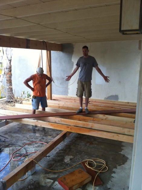 Deck support beams