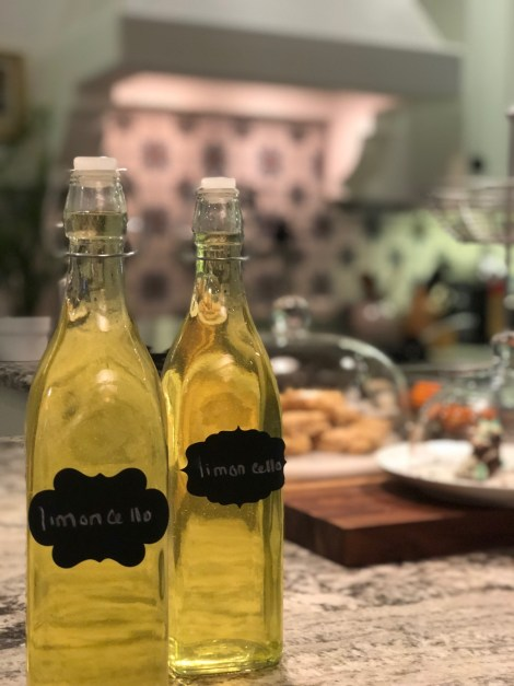 Bottling and label your limoncello containers