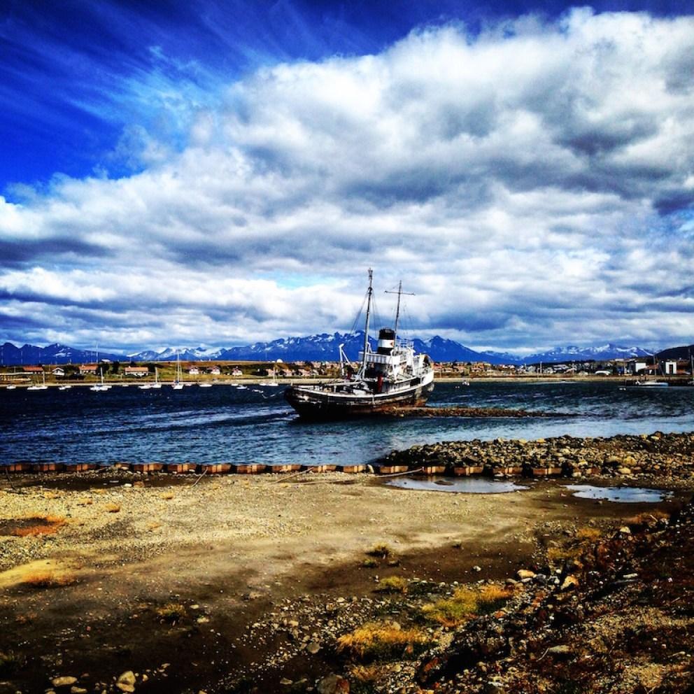boat-in-Ushuaia