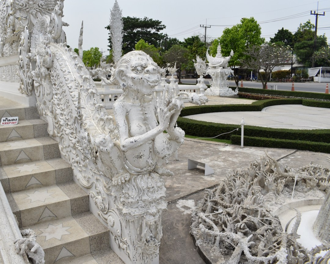 white-temple-thailand-9