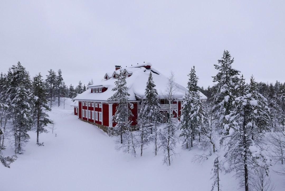 kakslauttanen-resort-igloo-lapland-27