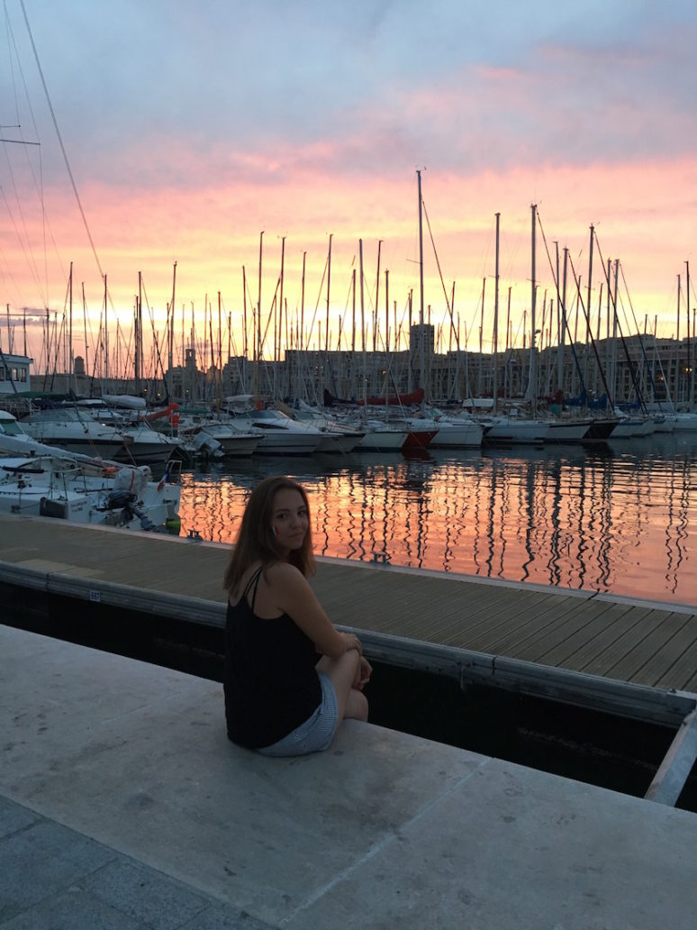 Call girl a marseille. Rencontres pour une nuit.