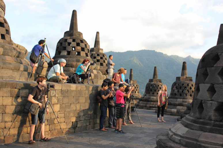 5 places to see in yogyakarta indonesia we are travel girls 5 places to see in yogyakarta indonesia 9borobudur yogyakarta indonesia stopboris Choice Image