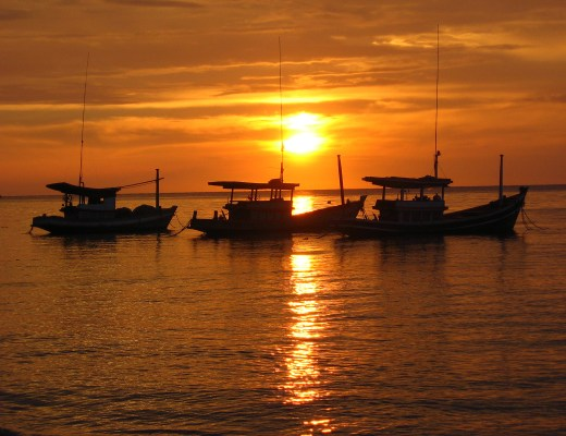 6 MUST SEE SPOTS IN KOH TAO, THAILAND sunset-in-koh-tao-1380356