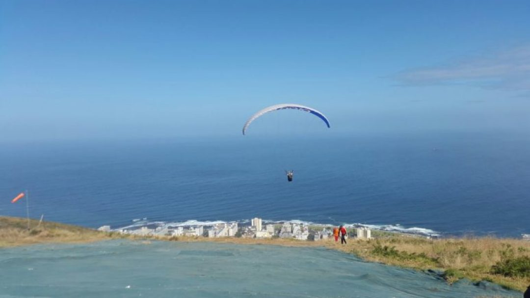 Cape-Town-Paragliding-2 10 AWESOME THINGS TO DO IN CAPE TOWN, SOUTH AFRICA