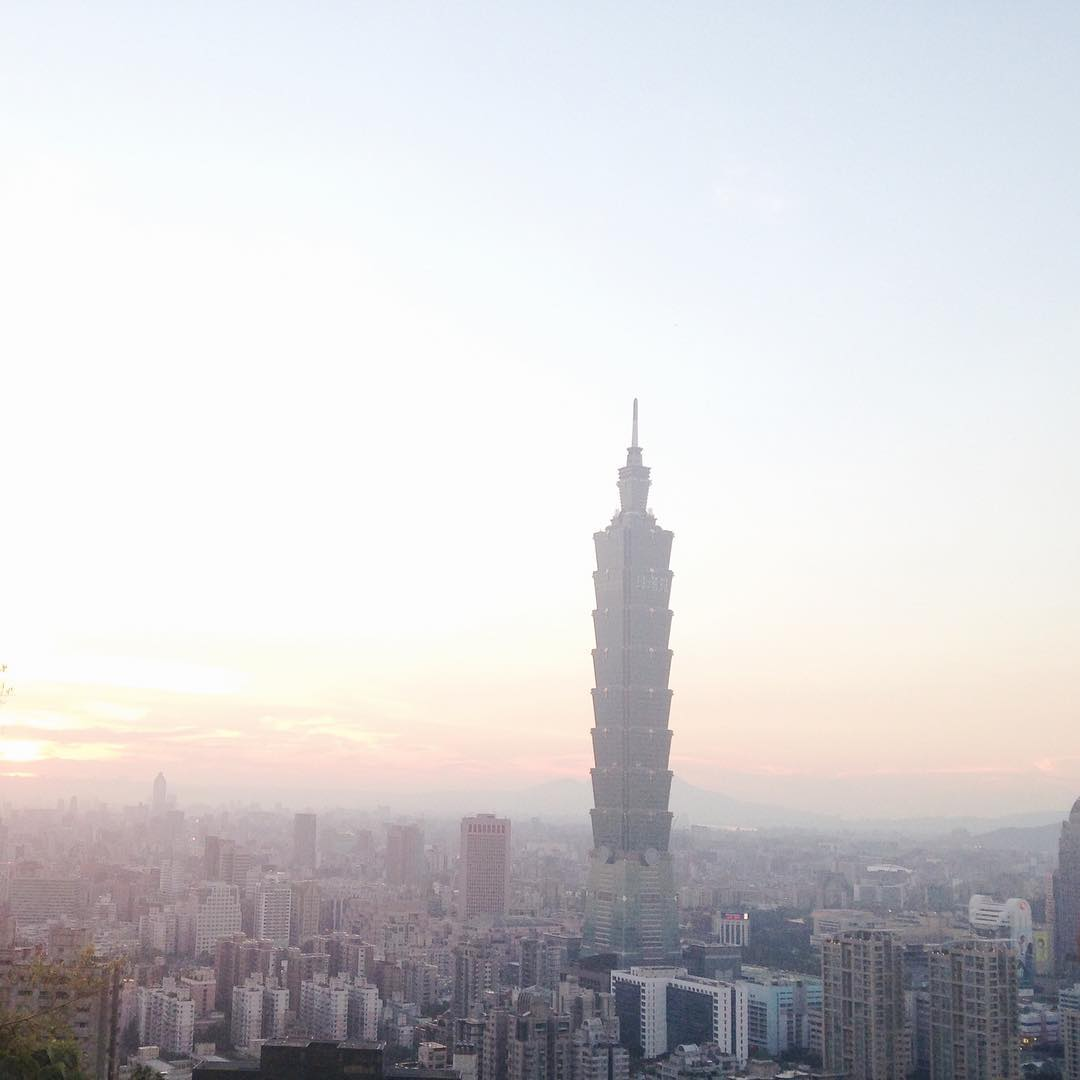 elephant-mtn-sunset-taipei HOW TO SPEND 1 DAY IN TAIPEI