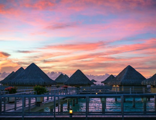 TAHITI AND BORA BORA: MOST AMAZING ISLANDS OF THE PACIFIC OCEAN