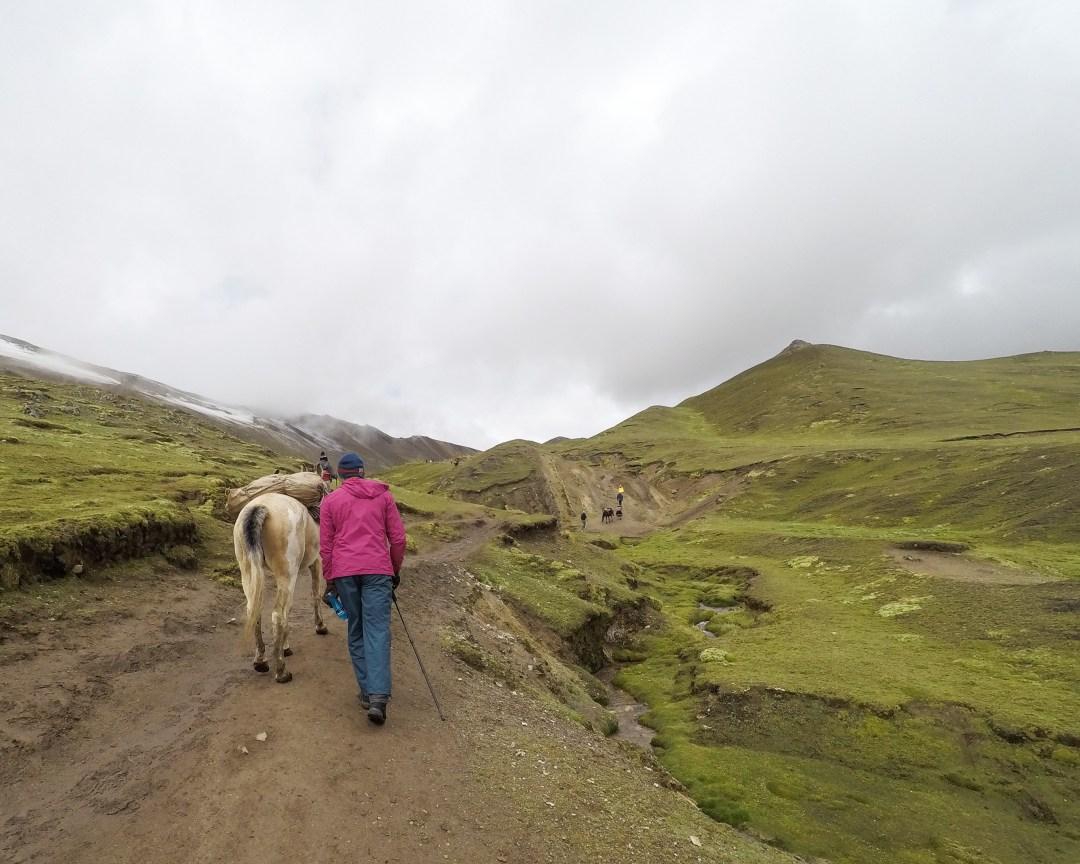 HIKING RAINBOW MOUNTAIN IN CUSCO, PERU