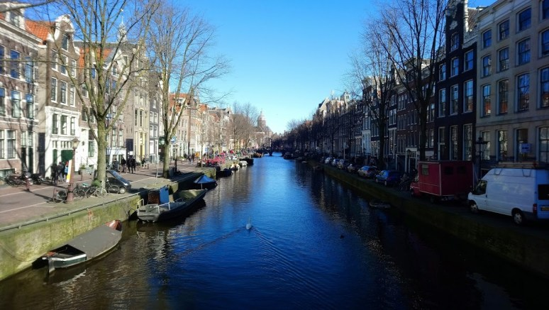 GUIDE TO AMSTERDAM ON A BUDGET