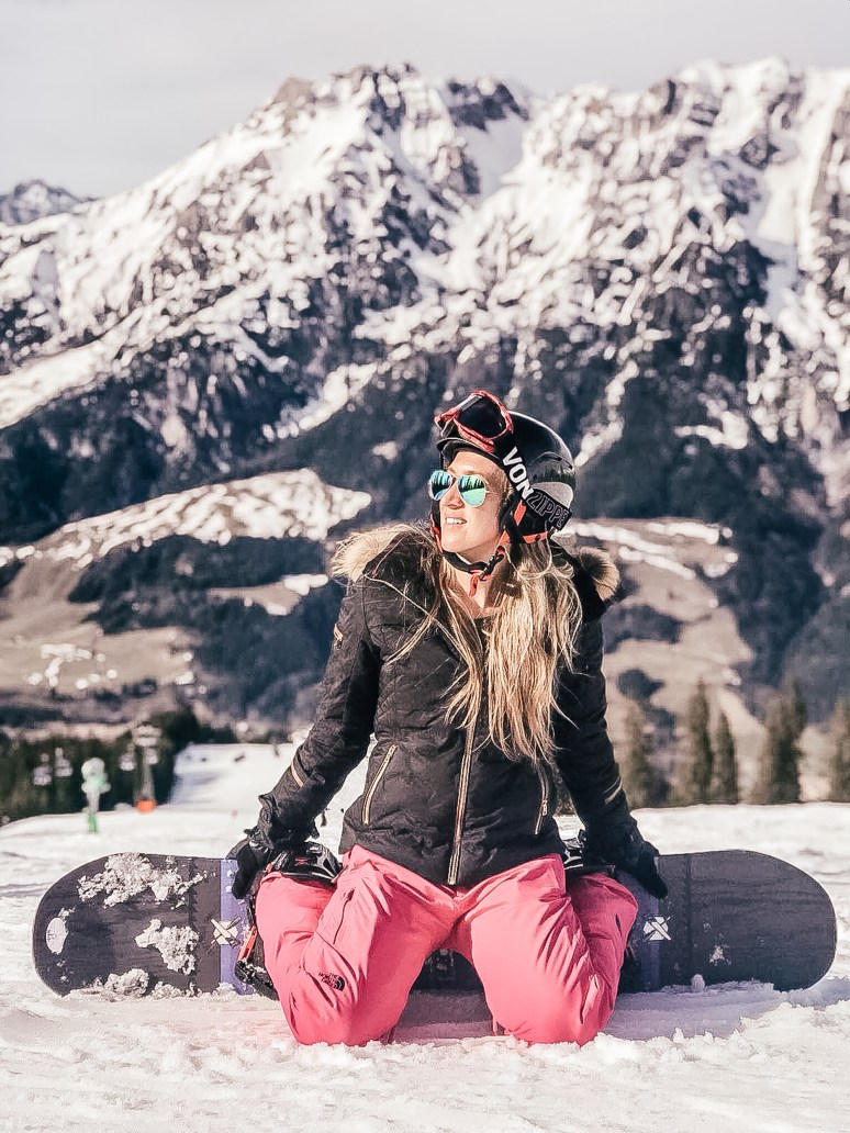Picture yourself in the breathtaking Austrian Alps, sunshine on your face, white snow under your skies or board, surrounded by other travel girls who love skiing (and apres-ski!) as much as you do. I'd love to inspire you to join us on our first ski getaways next year because it is going to be an unforgettable adventure, so here are 10 reasons to book your place on the We Are Travel Girls Austrian Alps Ski Retreat!