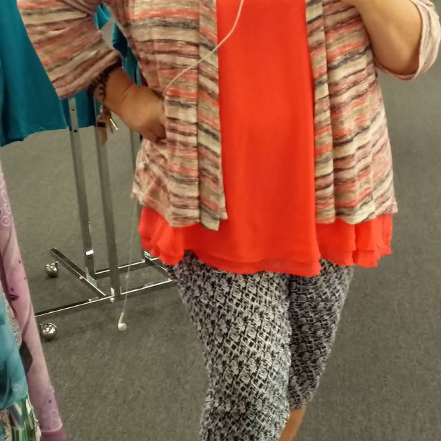 How cute is this outfit?! I swear its like Torridhellip