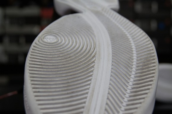 lowest price 85e9b 26562 adidas-adiZero-Rose-2.5-Performance-Review-1