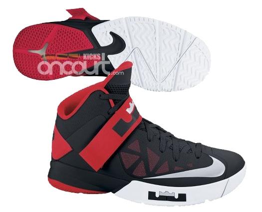 Nike Zoom Soldier VI (6) Black/ University Red- White