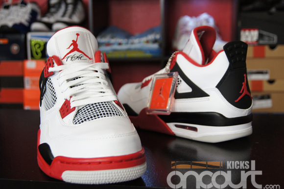 official photos 8d901 56d72 Air Jordan IV (4) Retro White  Varsity Red- Black – Detailed Images