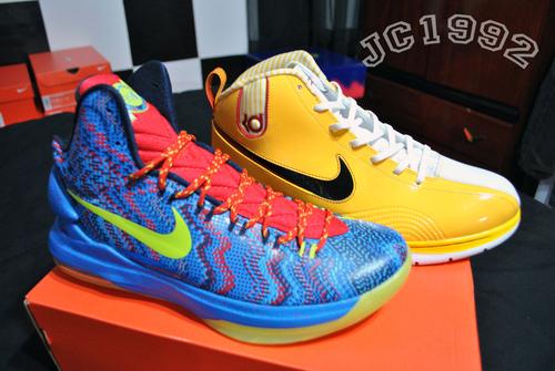sports shoes 55bd6 8754c Nike-KD-V-(5)- Christmas -Detailed-