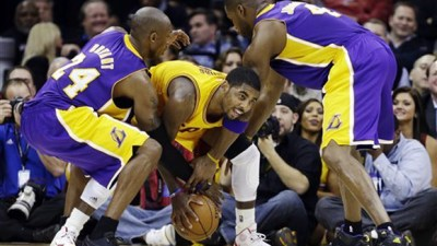 43840610b87e ... Kobe Bryant wears Nike Kobe 8 Blackout ...