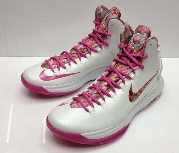 3ae416d71a3 Nike-Zoom-KD-V- Aunt-Pearl -Available-Now-3 - WearTesters