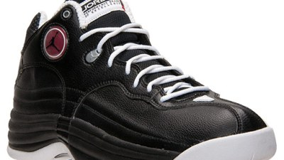 86ab89f034a0df Jordan Team 1 Black  White – Restock Available Now  FinishLine