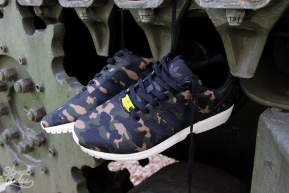 the latest 11195 dce72 Adidas Originals ZX Flux  Camo  - Detailed Look
