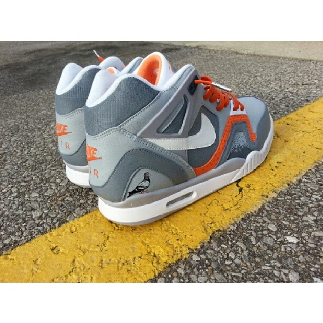 wholesale dealer e5352 7cb38 Nike Air Tech Challenge II Custom  Pigeon  ...