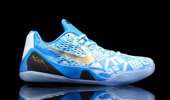 bd5edaea2330 Nike Kobe 9 EM  Hyper Cobalt  - WearTesters