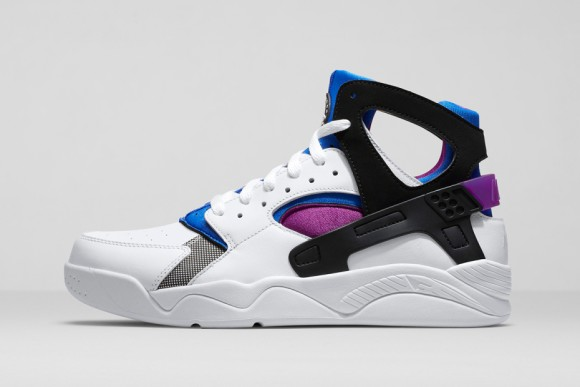 cheaper ec00c f67cd An Original Colorway of the Nike Air Flight Huarache is Available ...