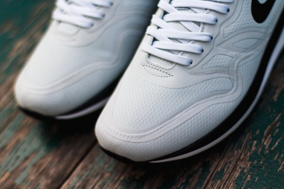 pretty nice ef6be be62b Nike Air Max Lunar 1 WR Pure Platinum - Available Now-2