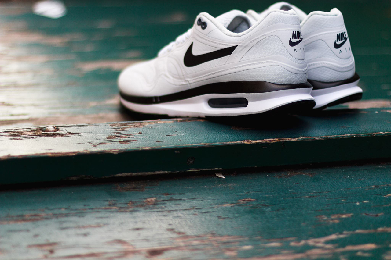 official photos 368f2 2912f Nike Air Max Lunar 1 WR Pure Platinum - Available Now-3