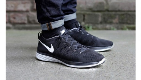 buy popular a7053 154df nike-flyknit-lunar2-black-white-4