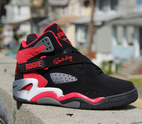 sports shoes d7a2c 00a98 ewing center retro black first look