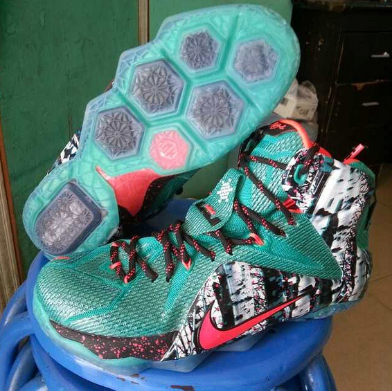 best sneakers ad213 2b6f7 nike-lebron-12-christmas-1 ...