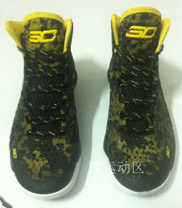 Under Armour Curry 1 Black Yellow - Another Look 5