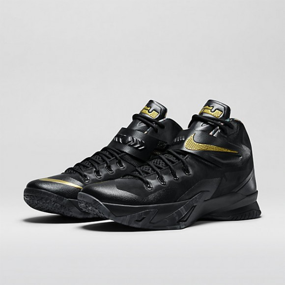 Nike Zoom Soldier 8 'Watch The Throne' - Available Now1