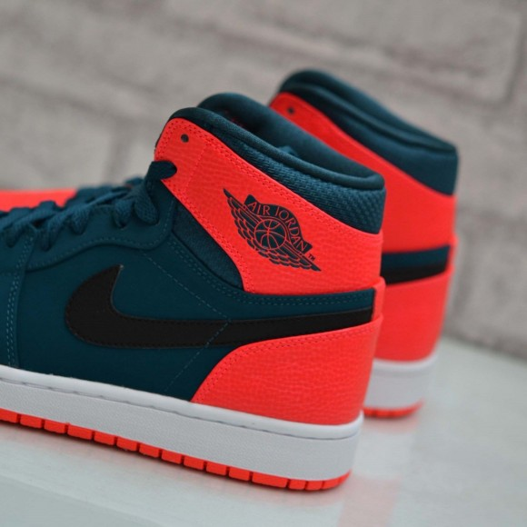 Air Jordan 1 Retro High 'Russell Westbrook' – Another Look7