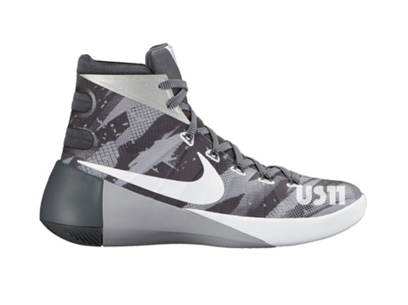 finest selection c3f89 b0277 Nike Hyperdunk 2015 in Grey Camo