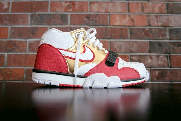 uk availability 97c05 1e973 ... Nike Air Trainer 1 Mid PRM QS is Inspired by 49er History 2 ...