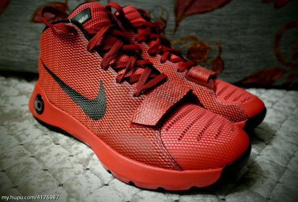 403ce47e16fe Get A Detailed Look at The Red Black Nike Zoom KD Trey 5 III 1 ...