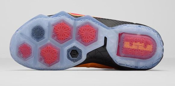 Nike LeBron 12 'Witness' outsole